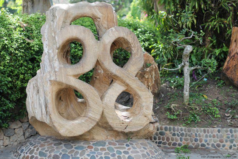 Экскурсия на крокодиловую ферму и в сад миллионолетних камней